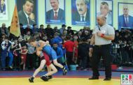 Более 300 борцов греко-римского стиля выступают на турнире памяти Сураката Асиятилова