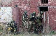 В Табасаранском районе Дагестана боевики подожгли школу и захватили заложников