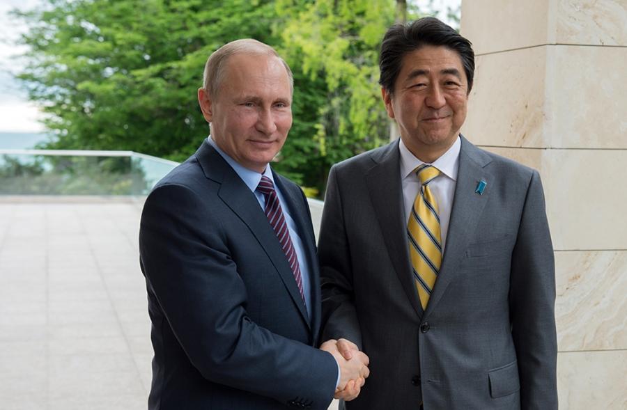 СМИ: Абэ предложил Путину план экономического сотрудничества из восьми пунктов