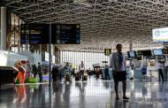 В четырех аэропортах России объявлена тревога