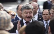 Порошенко запретил въезд на Украину главам ряда российских СМИ