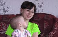 15-летняя мать двоих детей не может получить маткапитал из-за возраста