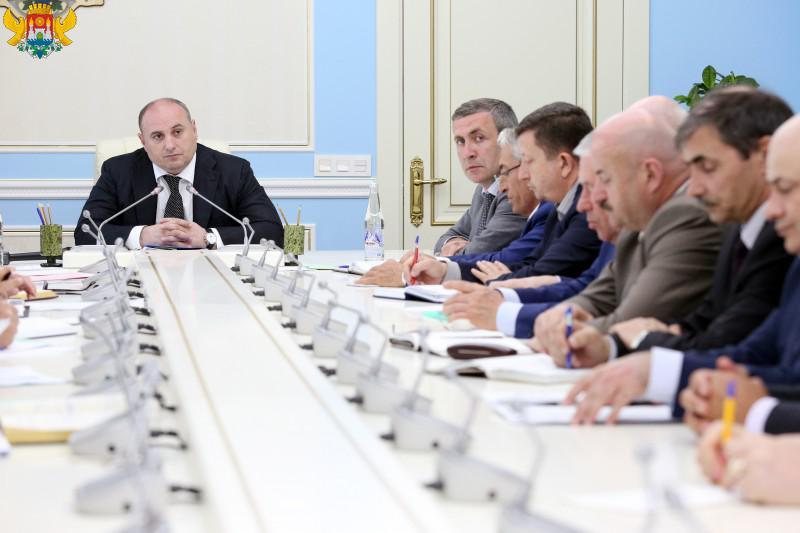 Муса Мусаев: Администрацией Махачкалы за 11 месяцев работы не выдано ни одного разрешения на ведение строительства