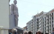 В Махачкале открыли памятник Азизу Алиеву
