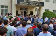 Руководство махачкалинского порта уговорило работников прекратить забастовку
