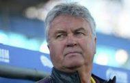 Хиддинк хочет возглавить сборную России по футболу