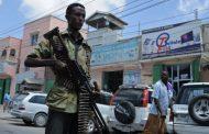 Напавшие на отель в столице Сомали захватили заложников