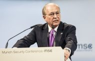Немецкий политик: утрата доверия будет долго омрачать отношения РФ и ФРГ