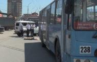 В Махачкале пешеход погиб, попав под троллейбус