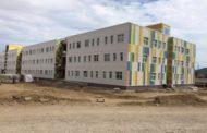 Вячеслав Песков осмотрел строящее здание Перинатального центра в Махачкале