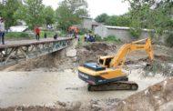 В селении Нижний Дженгутай Буйнакского района начались работы по восстановлению мостовых переправ