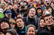 Трем четвертям украинцев не нравится курс, которым власти ведут страну