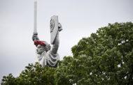 В Киеве отказались демонтировать Родину-мать