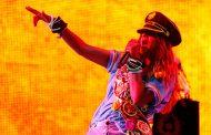 Британскую певицу отстранили от фестиваля за полемику о мусульманах