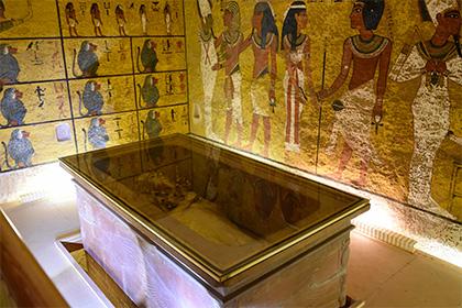 Доказано внеземное происхождение кинжала Тутанхамона