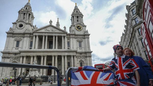 Британские парламентарии призвали к обороне от России и диалогу с ней