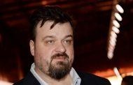 Василий Уткин назвал россиян, подписавших петицию о роспуске сборной, идиотами
