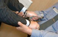 В Дагестане судебный пристав подозревается в вымогательстве взятки