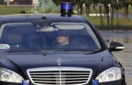СМИ: Минфин предлагает запретить чиновникам арендовать мощные автомобили