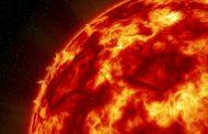 Мощные вспышки на Солнце принесут на Землю магнитные бури
