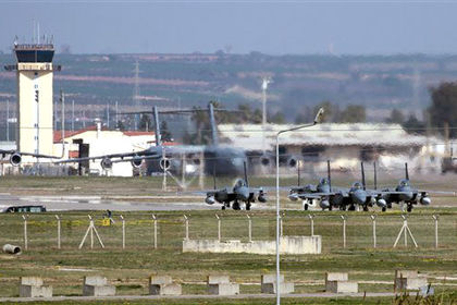 Турецкие власти заблокировали американскую авиабазу Инджирлик