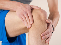 Неожиданный метод лечения болей в коленях