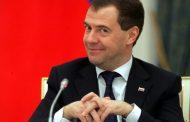 Дима снова жжот. Медведев пожелал крепкого здоровья жителям Коми, где срывается отопительный сезон