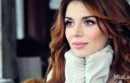 «Горячая» экс-ВИА Гра Анна Седокова устроила страстные танцы в «Автомобильном караоке»