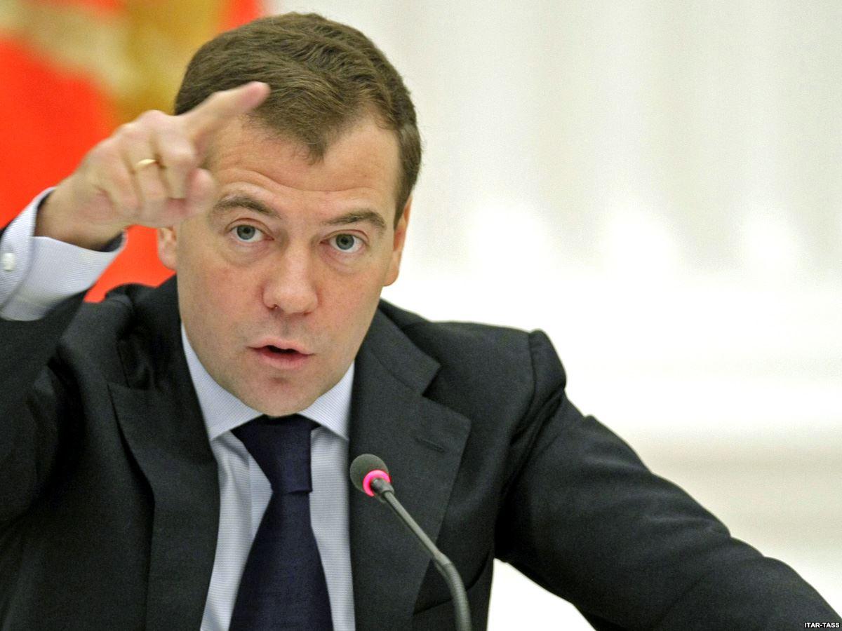 В Кремле рассказали озаказной кампании противМедведева