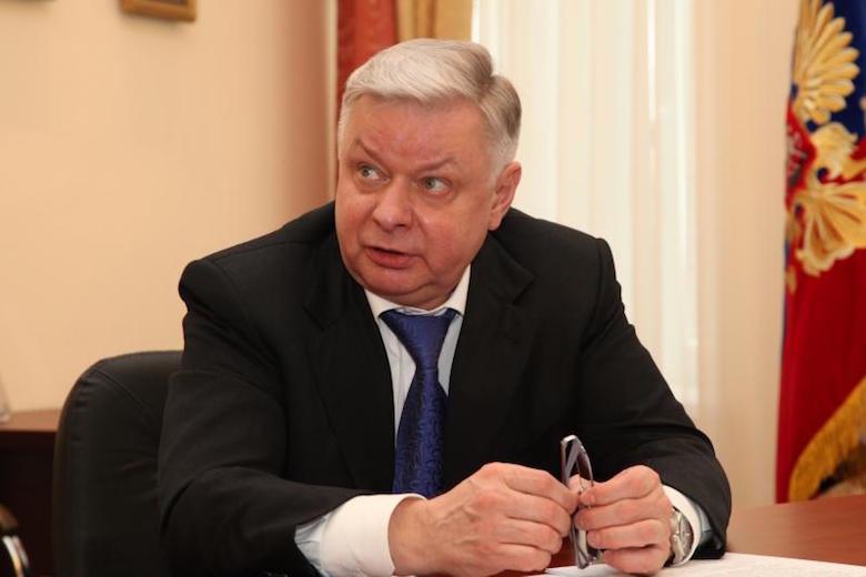 Медведев уволил руководителя Раджаба Абдулатипова