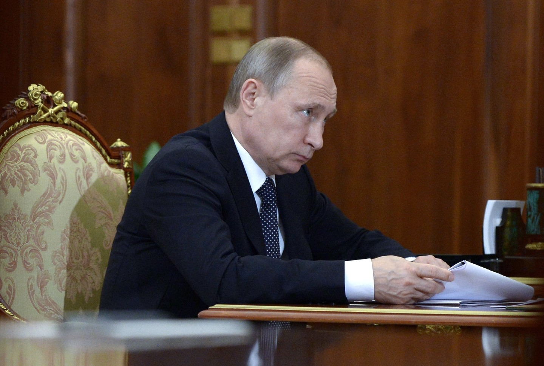 Путин призвал США и ЕС предостеречь власти Украины от террора