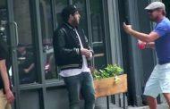 Леонардо Ди Каприо разыграл Джону Хилла на улице в Нью-Йорке