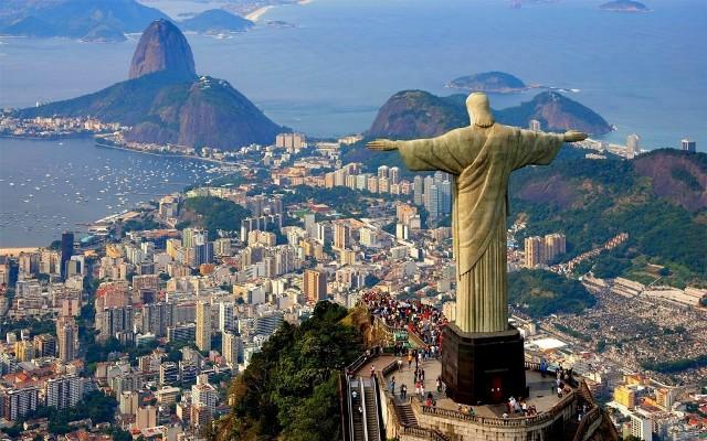 Как переводится Рио-де-Жанейро и почему город так назвали?
