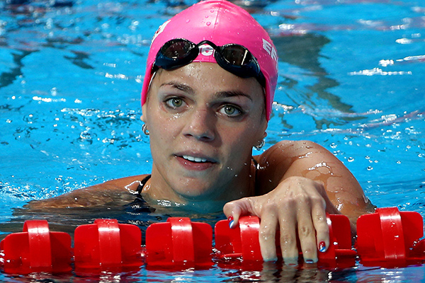 Юлия Ефимова прокомментировала поведение пловчих из США, которые отказались пожать ей руку