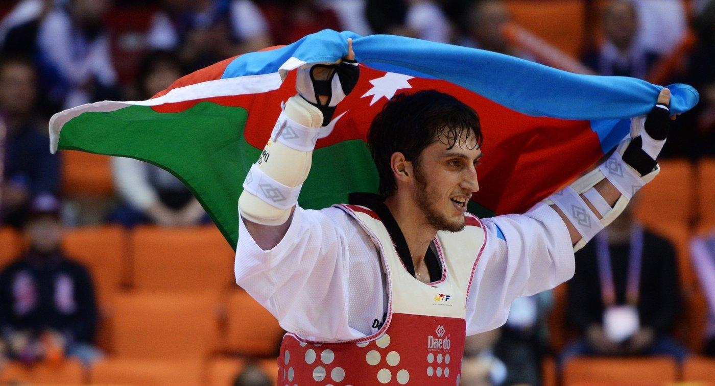 Олимпийского чемпиона Радика Исаева торжественно встретили земляки | Видео