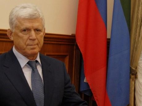 Хизри Шихсаидов вновь избран председателем парламента Дагестана