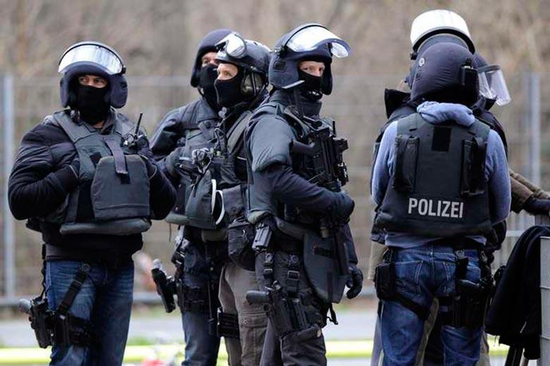 В Германии в ходе антитеррористической операции задержаны 14 чеченцев