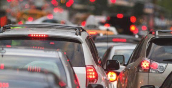 Власти Махачкалы обсуждают транспортный коллапс в городе