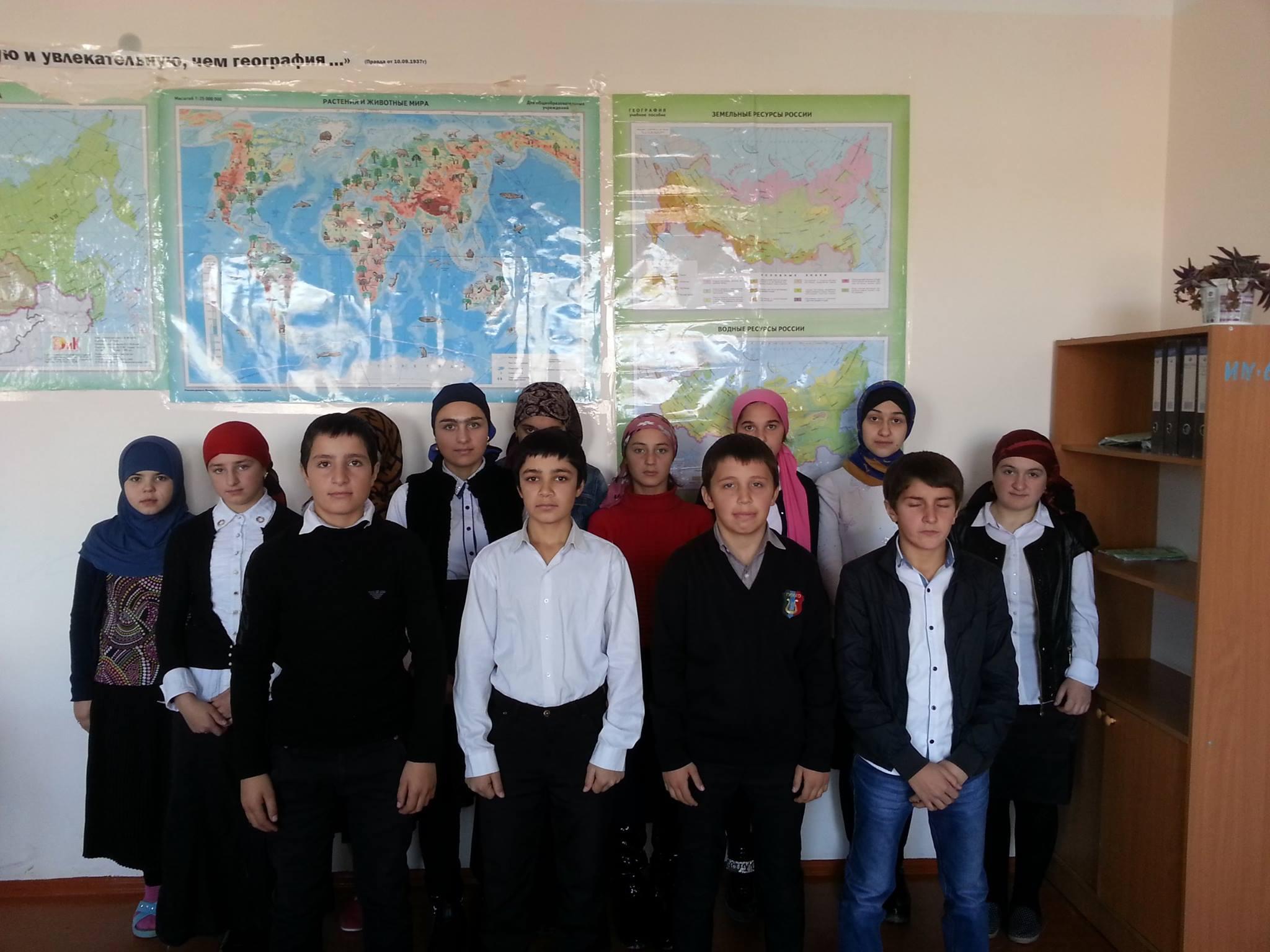 В Гунибском районе Дагестана молодые ребята спасли тонущую в горной реке туристку из Москвы