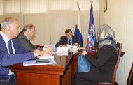 Депутат Госдумы РФ Умахан Умаханов провел прием граждан в Общественной приемной Д. Медведева в Махачкале